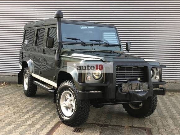 Land Rover Defender 110 SE 9