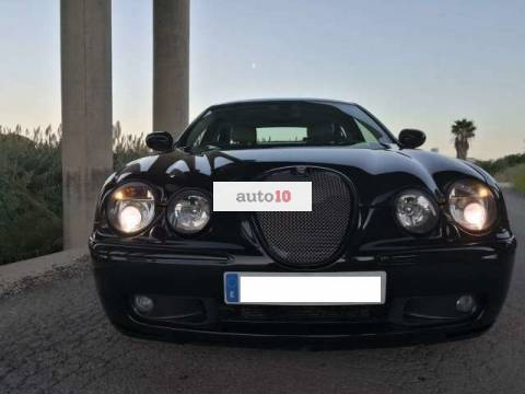 Jaguar S-Type V8 4.2 R