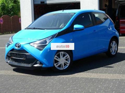 Toyota AYGO x-play club