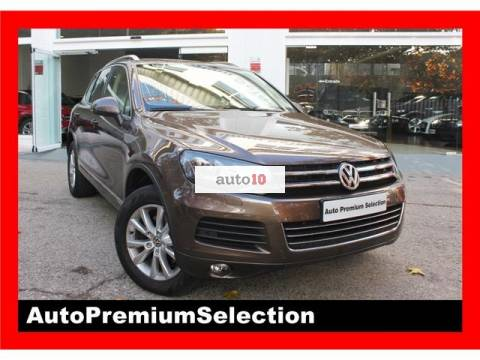 Volkswagen Touareg 3.0TDI V6 BMT 245, Bi-xenon, Cam, Techo pano, NAV