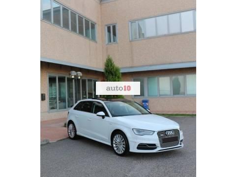 Audi A3 1.4 TFSI e-tron S tronic S-LINE MATRIX