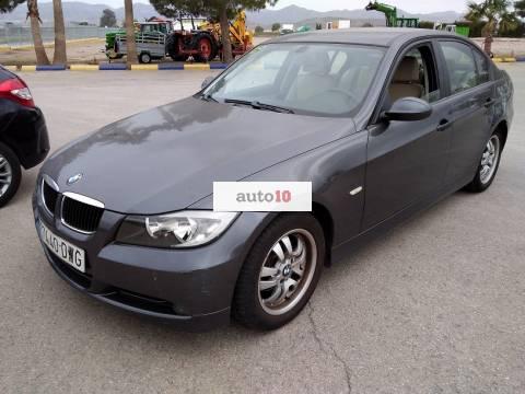 BMW 318 D. 122 CV.