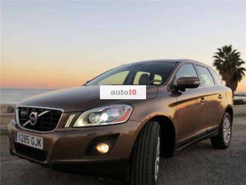 Volvo XC 60 D5 Momentum Geartronic
