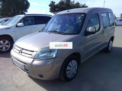 CITROEN BERLINGO 2.0 HDI 90 CV con doble puerta lateral.