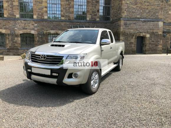 Toyota HiLux 4x4 Extra Cab