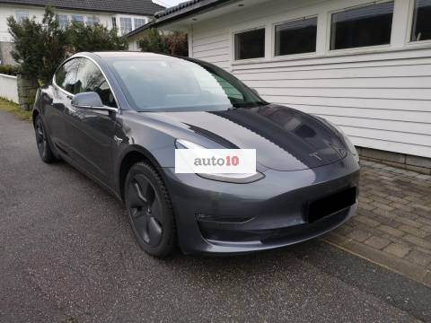 Tesla Model 3 LONG RANGE AWD