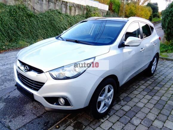 Hyundai ix35 2.0 CRDi Premium 4WD. Navi.