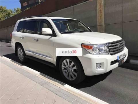 Toyota Land Cruiser 200 4.5D-4D VXL