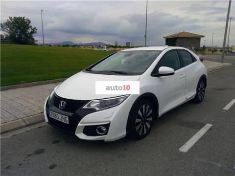 Honda Civic 1.8 i-VTEC Elegance Navi