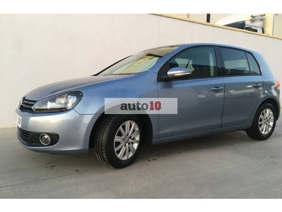 Volkswagen Golf 1.6 TDI Advance 5p