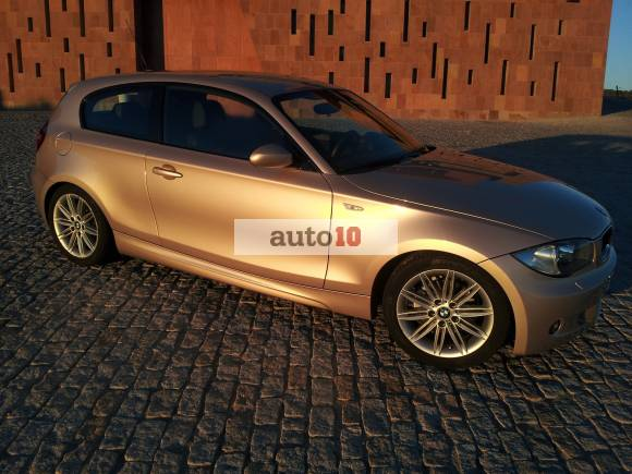BMW 118i 143cv PERFECTO ESTADO