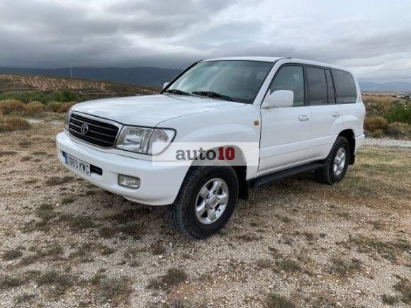 Toyota Land Cruiser HDJ 100 Station Wagon