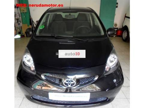 TOYOTA AYGO 1.0 SOLO 4350 KMS