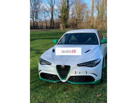 Alfa Romeo Giulia 2.9 V6 Bi-Turbo AT8