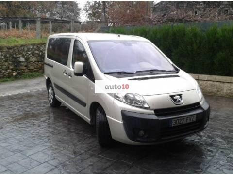 Peugeot Expert Premium 2.0 HDI 9 pl.