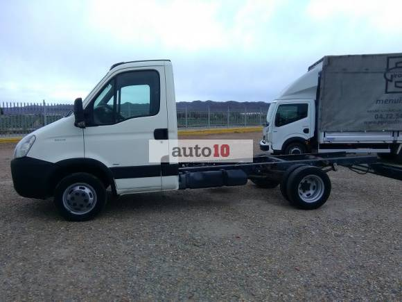 IVECO DAILY 35C15 CHASIS CABINA.