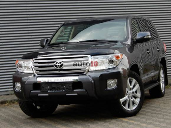 Toyota Land Cruiser 200 Executiv 7
