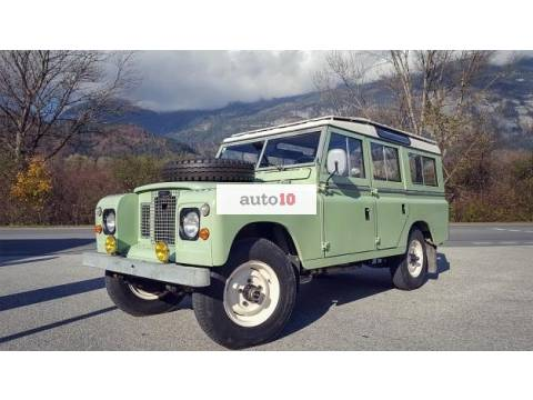 Land Rover Defender Series 109