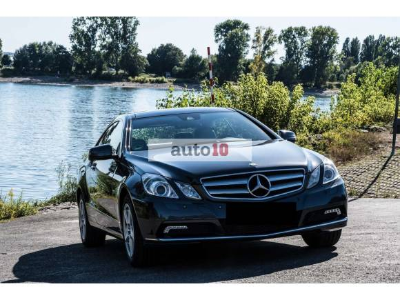 Mercedes-Benz E 250 CGI Coupe BlueEFFICIENCY Elegance