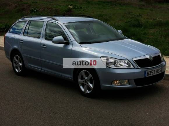 Skoda Octavia COMBI 1.6 CR TDI COLLECTION