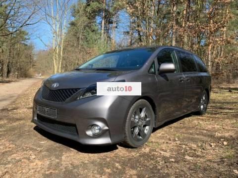 Toyota Sienna Sport Edition