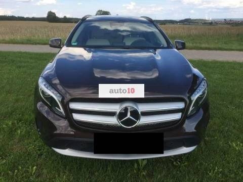 Mercedes-Benz GLA 250 4Matic 7G-DCT Style