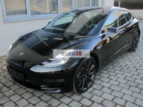 Tesla M3 PERFORMANCE