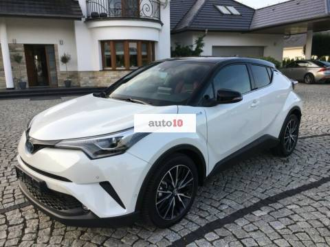 Toyota C-HR Hybrid Style Selection