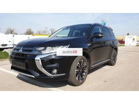 Mitsubishi Outlander PHEV 2.0/ 4WD SUV