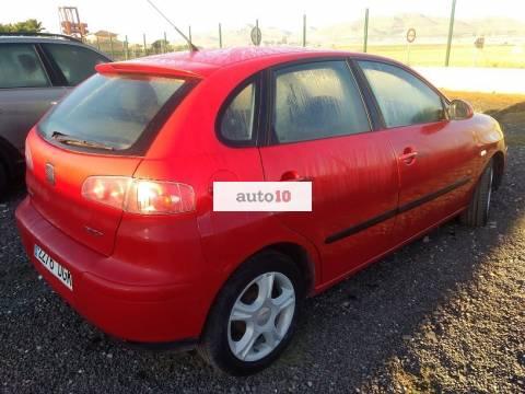 Seat Ibiza 1.4 i 75 cv 5 puertas.