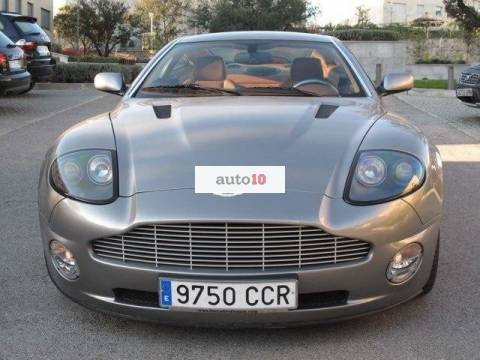 Aston Martin Vanquish 5.9 V12