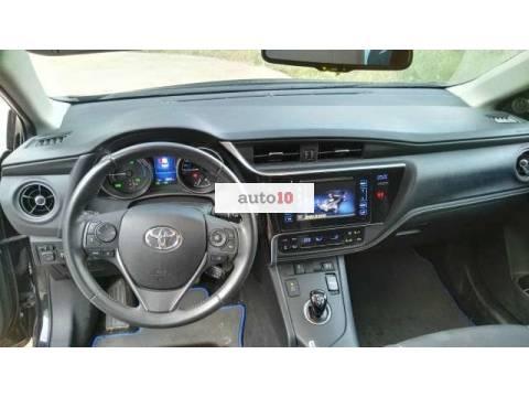 Toyota Auris hybrid 140H Active