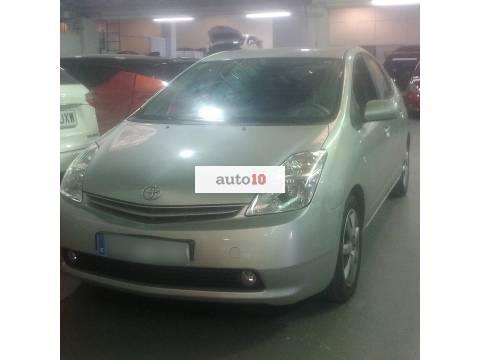TOYOTA Prius 1.5 VVT-i HSD