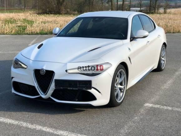 Alfa Romeo Giulia 2.9 V6 Bi-Turbo Carbon