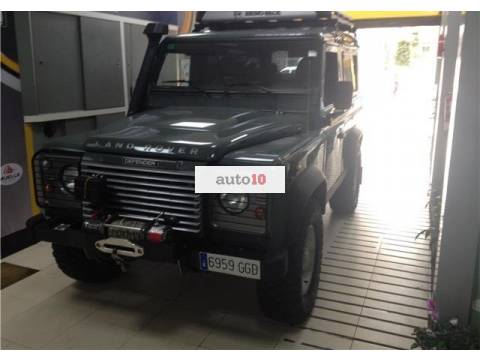 Land Rover Defender 90 SW SE