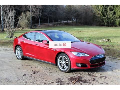 Tesla Model S 85 Autopilot