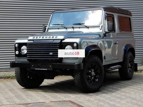 Land Rover Defender 90 SE Black Design