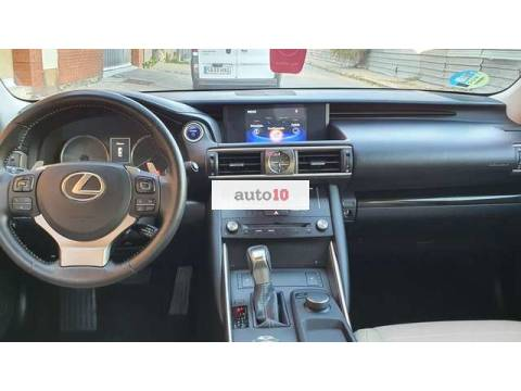 Lexus IS 300 300h Executive