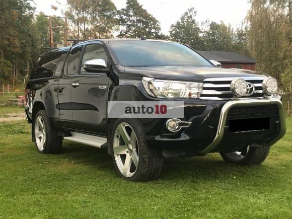 Toyota HiLux D-4D 150hk X-Cab 4WD SR