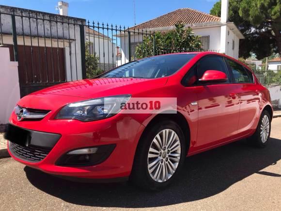 Opel Astra 1.6 CDTi Selective Sport 110cv