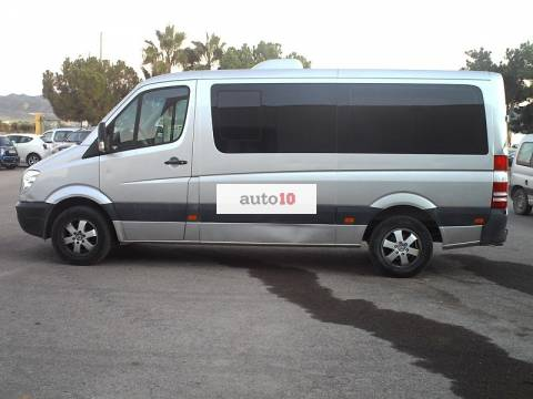 MERCEDES SPRINTER 215 CDI 9 PLAZAS.