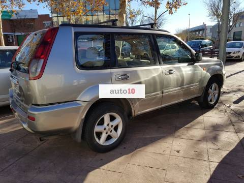 Vendo NISSAN XTRAIL 2.2. LUXURY