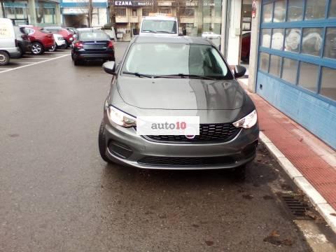 FIAT TIPO SEDAN 1.4 95 CV KM 0