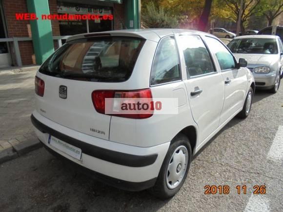 SEAT IBIZA 1.4i 5-p 75-cv pocos kms. como nuevo