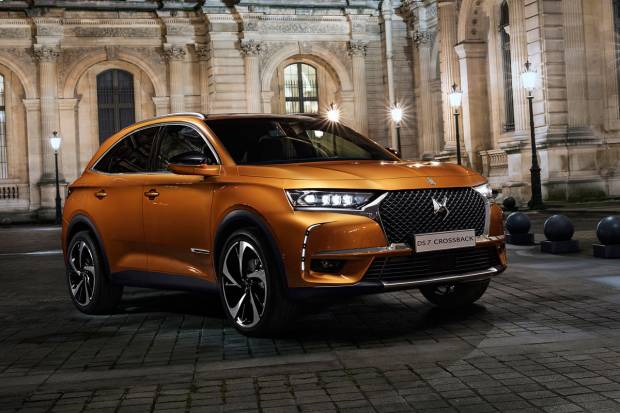 DS DS7 CROSSBACK BlueHDi 130 Be Chic (130)