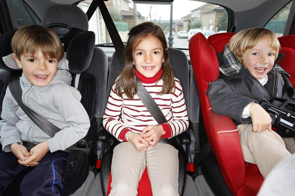 alzadores coche niño