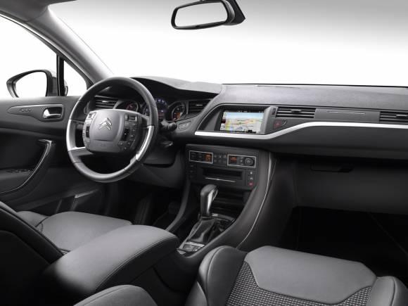 El Citroën C5 estrena motores BlueHDI más eficientes