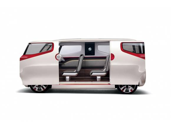 Suzuki prepara tres prototipos para el Salón de Tokio 2015