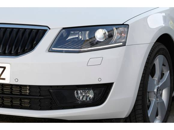 Prueba: Skoda Octavia Combi 2.0 TDI 4x4, un coche completo