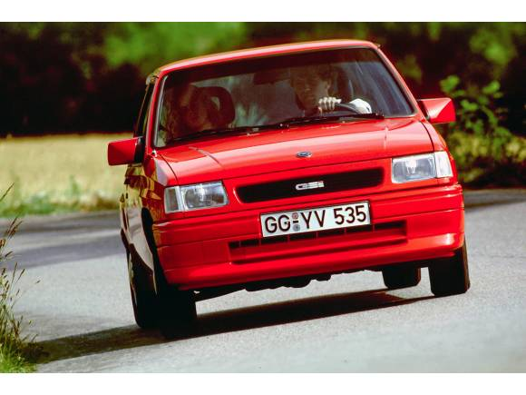 Historia del Opel Corsa GSi: repaso de sus cinco generaciones